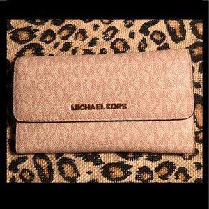 Michael Kors Wallet Signature Tan